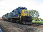 CSX 7522 leads south